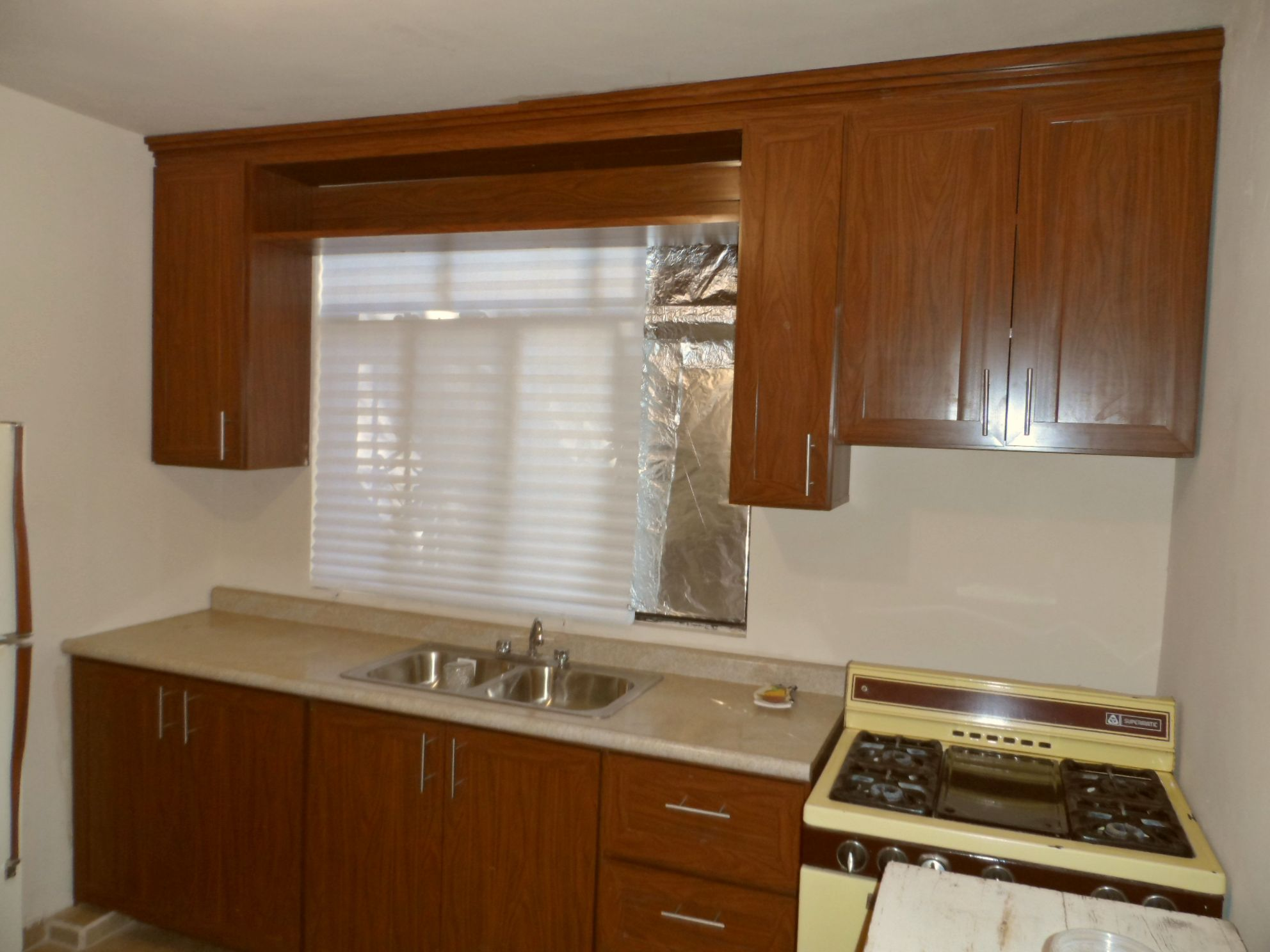 RIGID PLASTIC KITCHEN CABINETS